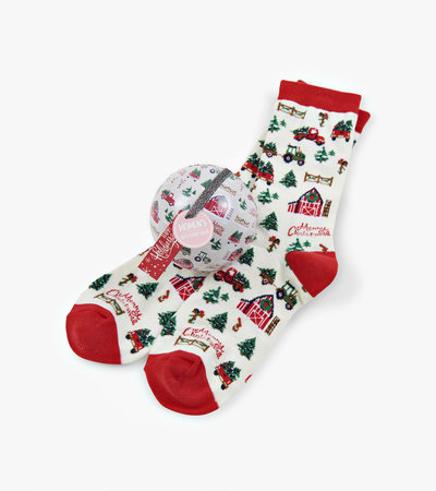 Country Christmas Women's Socks in Balls