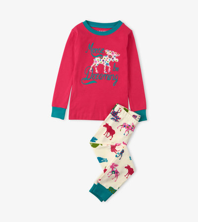 Moose Be Dreaming Appliqué Kids Pajama Set