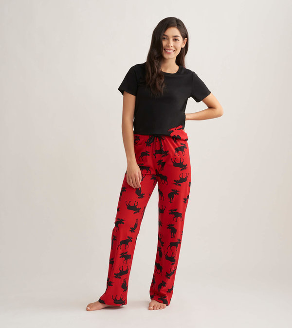 Moose on Red Women's Tee and Pants Pajama Separates